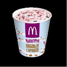 Макфлурри де Люкс шоколадно-клубничное